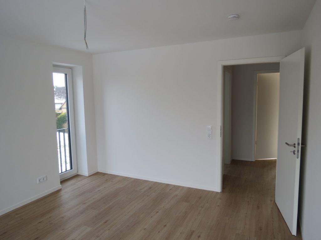 wohnung 3 3 zimmer 77 qm. Black Bedroom Furniture Sets. Home Design Ideas